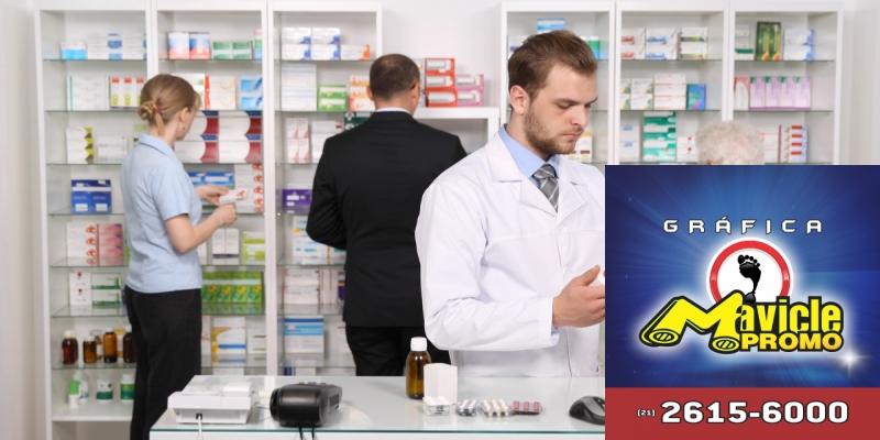 Quais são as funções do farmacêutico no Brasil?   Guia da Farmácia   Imã de geladeira e Gráfica Mavicle Promo