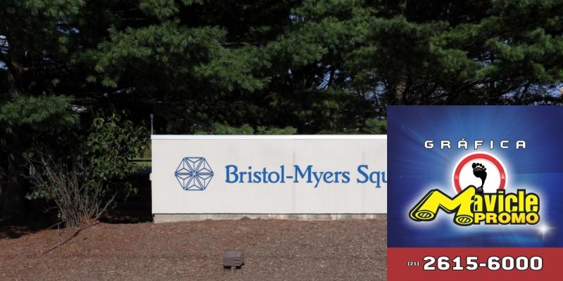 Bristol Myers Squibb anunciou a compra de Celgene por US$ 74 bilhões   Imã de geladeira e Gráfica Mavicle Promo